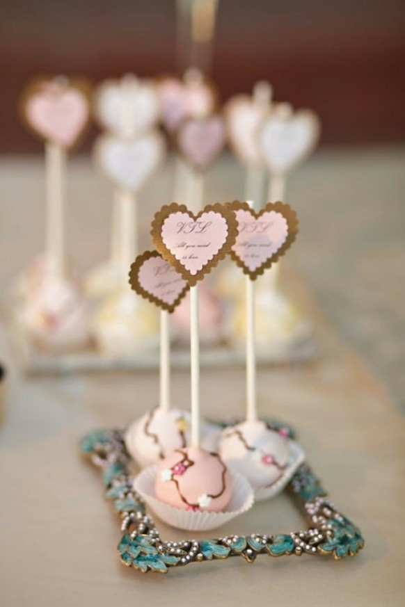 Cake pop at every setting place would be so cute
