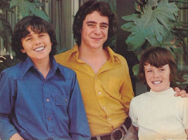 Brady Boys: Christpher Knight as Peter, Barry Williams as Greg, Mike Lookinland as Bobby in The Brady Bunch