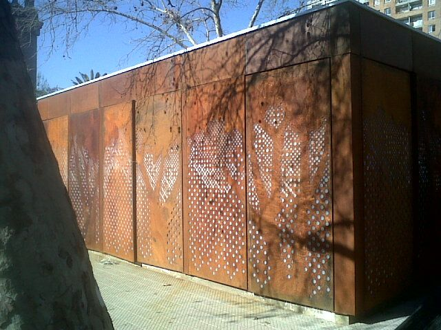 Acero corten perforado google search arq acero - Acero corten fachadas ...