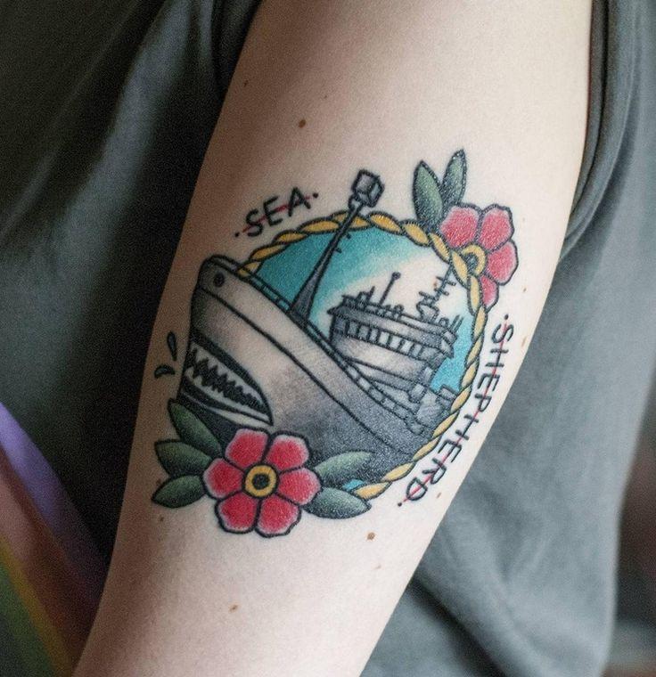 halo tattoo tampere tragus lävistys