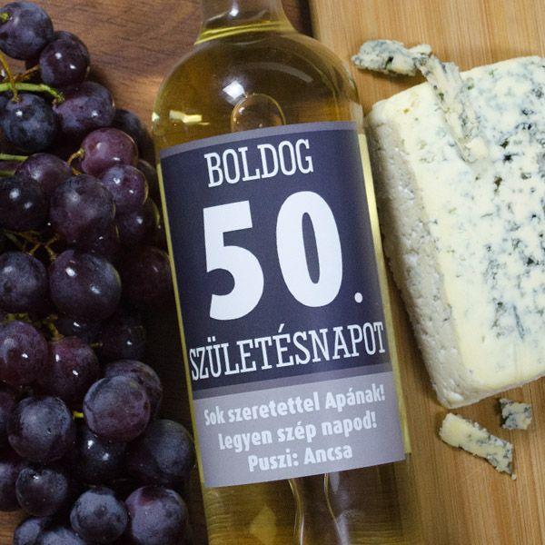 Ha születésnapra szeretteit valami igazán kifinomult ajándékkal szeretné meglepni, akkor jó ötlet lehet egy üveg finom bor egy egyedi elegáns boroscímkével.Meglepő és eredeti ajándék! A borosüveg címke mérete 9x12cm.