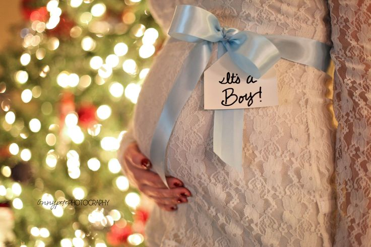 Gender Announcement at christmas time - photo credit to Lennypete Photography, idea credit...Me!