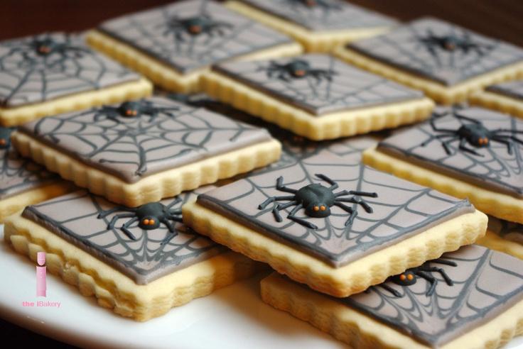 spooky spider cookies!   iBakery   Pinterest