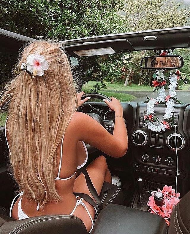 Life is better in a bikini | Girls and Car And Trucks | Jeep