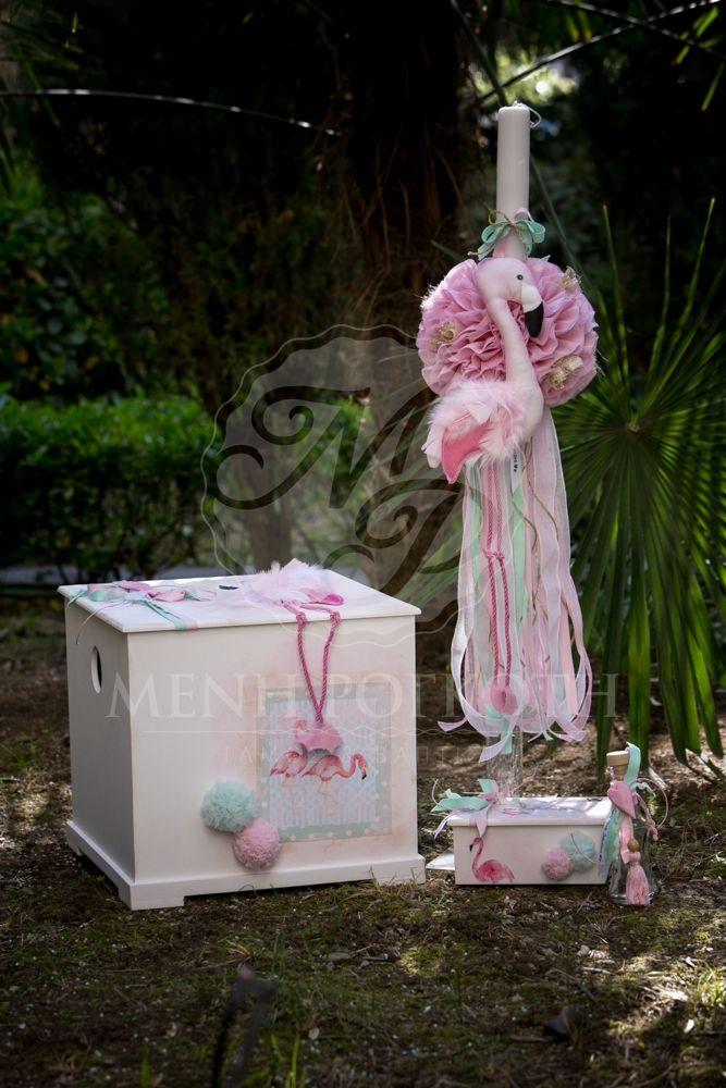 Σετ βάπτισης για κορίτσι λαμπάδα και κουτί με θέμα pink flamingo. Pink flamingo baptism set for girls. #pinkflamingo #pinkflamingobaptism #girlsbaptism #handmadeboxes #handpainted