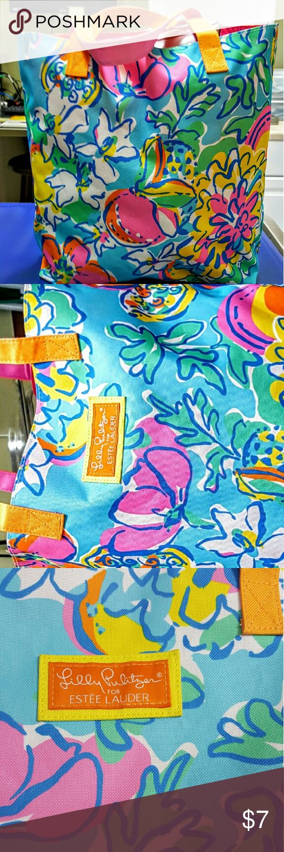 Lilly pulitzer for estee lauder  large beach tote Excellent condition  bright roomy, no marks or  blemishes that i could see. Great for any occasion Lilly Pulitzer Bags Totes