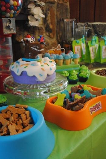 Scooby Doo party. Treats in dog bowls.
