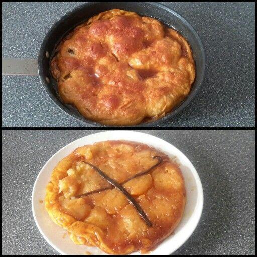 APPEL TARTE TARTIN, MASTERCHEF AUSTRALIA,  Ingrediënten  650 g middelgrote appels, zoals Pink Lady, goudreinetten  110 g ongezouten Boter, (ik gebruik 100 gram omdat de honing ook al vloeibaar is),  130 g suiker, (ik heb 50 gram oerzoet en 80 gram honing gebruikt)  snuf keukenzout,  snufje vijfkruidenpoeder,  1 vanillestokje, gespleten in de lengte doormidden  4 hele ekruidnagels  bladerdeeg, 28cm diameter, 3mm dik  Methode  Verwarm de oven voor op 180C Schil en boor het klokhuis er uit en…