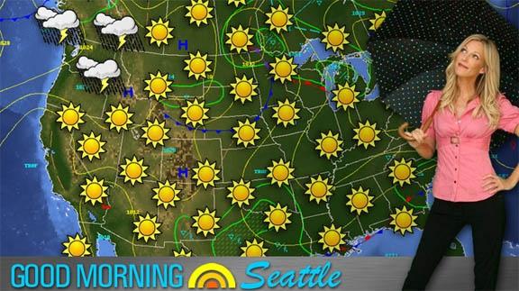 14 april 2013: Weersverwachting. Foto:  Tricia O'Kelley als weervrouw Sylvia, die werkt voor een TV station in de meest grijs-weerstaat van de USA in  Weather Girl (2009)