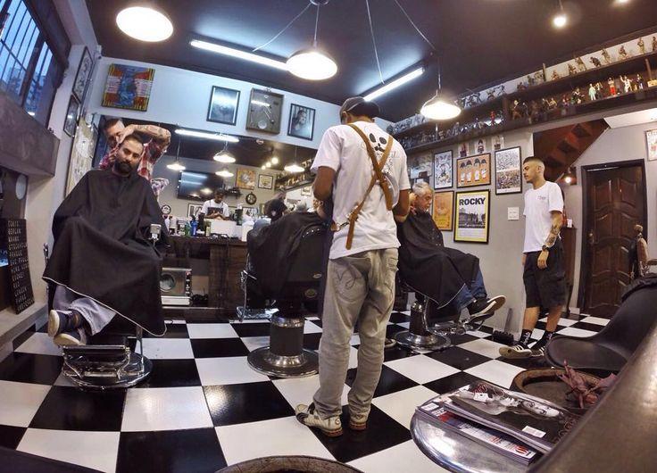 Start no sábado !  Últimos horários de hoje disponíveis garanta o seu atendimento pelo 4427-9695.  Atendimento de Terça a sexta das 12:00 às 22:00 E aos sábados das 10:00 às 20:00!  Rua das Bandeiras 418 Santo André - São Paulo  #barbearia #barbershop #barberpole #santoandre #abc #barbearia7barbas #barba #Beer #Beard #sp #oldschool #oldiscool #vintage #barba #barbudos #traditional #traditionalbarber #gopro by barbearia7barba