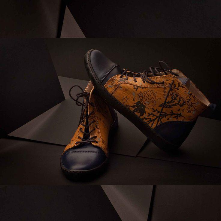 Hand screen printed leather shoes. Make your own bespoke pair with Justyna Medon & MYS shoes. #shoesoftheday #bespokeshoesuk #bespokeprinted #individualpattern #eachpairunique #surfadesign #justynamedon #elegantshoescollection #shoesmadebyorder #silkscreenprinted #mysfashion #photo_addicted_to_patterns #madebyorder #luxuryshoes #uniquedesigns #printedwithpassion #printstudiobristol #bristolbespoke #sustainablefashion #ecofriendly #madespeciallyforyou #proffesionalservicesBespoke Shoes