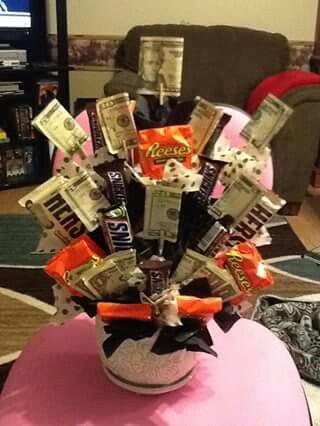 Candy n money bouquet