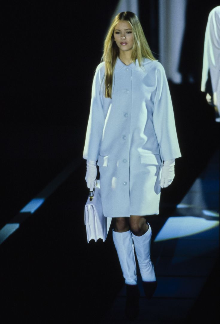 26 Best Versace Inspired Images On Pinterest: 26 Best Old Fashion Shows Images On Pinterest