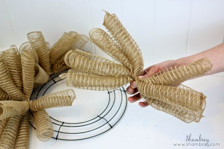 Shambray: Deco Mesh and Burlap Wreath