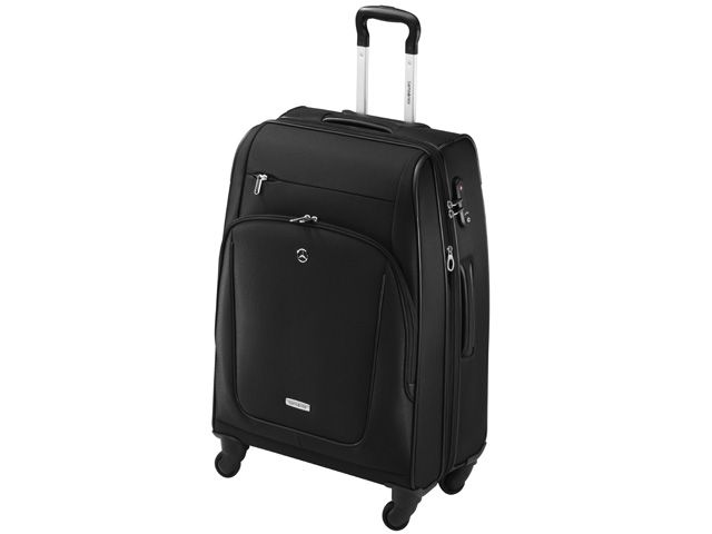 X-Pression Spinner 66 suitcase. Black nylon/polyester. Expandable. 4 sturdy wheels. Combination lock with TSA function. Separate garment bag. Size: 47 x 66 x 29/32 cm. Capacity 75/82.5 litres. Weight 4.6 kg. Silver-coloured star logo stud. Silver-coloured Samsonite badge. By Samsonite for Mercedes-Benz.