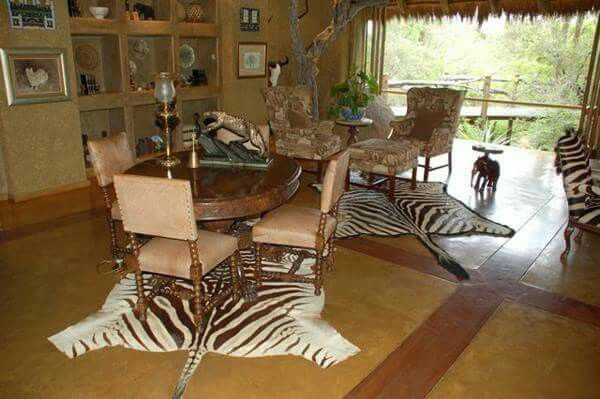 f4a135a004ede2f1fd49d7eed292b867 african living rooms african home decor
