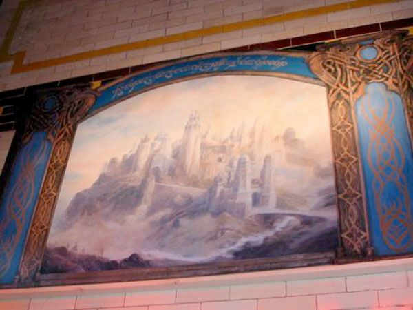 Rivendell murals - despite being descirbed as Ost-in-Edhil, the inscription on the mural identifies it as Gondolin!
