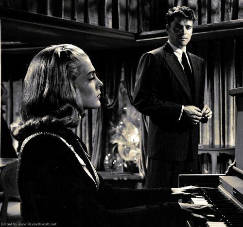 Femme fatale in film noir essay