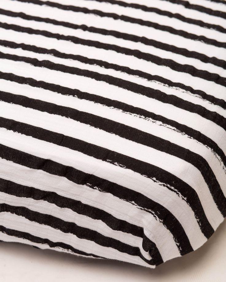 (http://www.spearmintlove.com/cotton-muslin-fitted-crib-sheet-ink-stripe/)