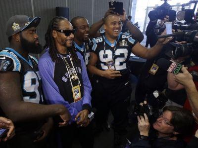 Snoop Dogg - Rapper/reporter