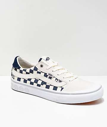 2e3d78b8461f2f Vans x Independent Style 112 Blue   White Checkerboard Skate Shoes ...