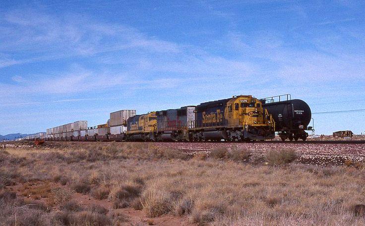 https://flic.kr/p/CRRCfm | Atchison, Topeka & Santa Fe EMD SD-40-2 5176 | Canyon Diablo, Arizona