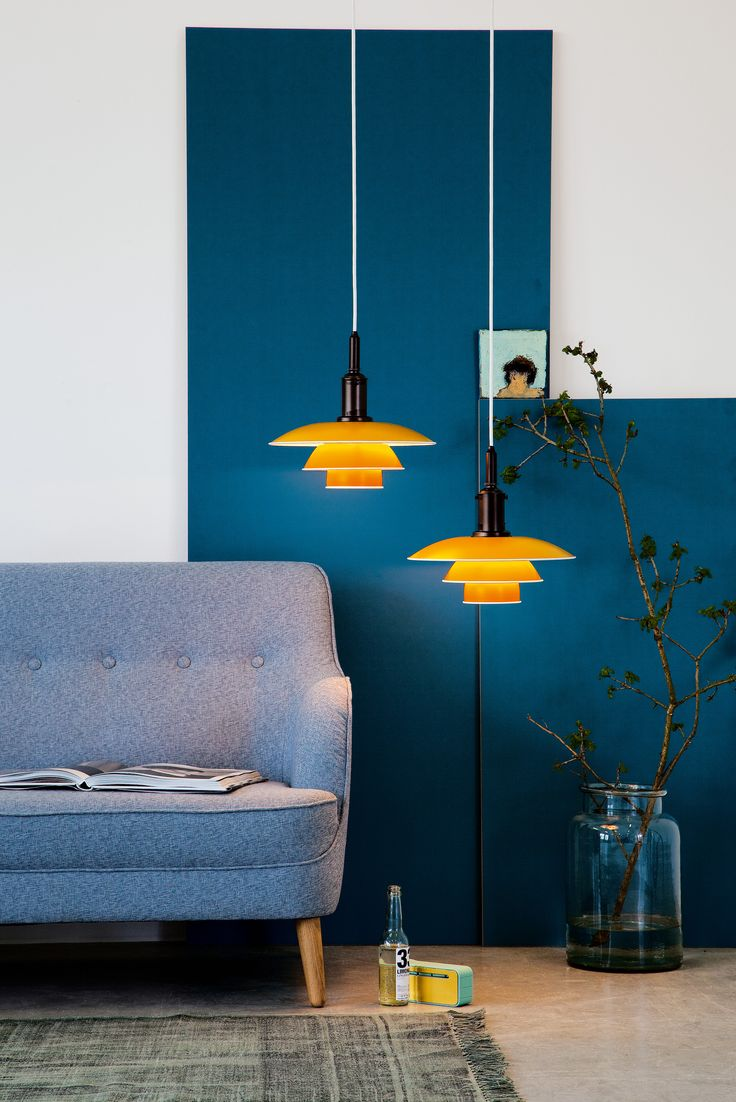 Why not put some color into your living room with a yellow PH 3½-3 pendant lamp?