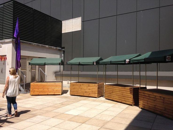 Big Kahuna Flatpack street food stalls / market stalls
