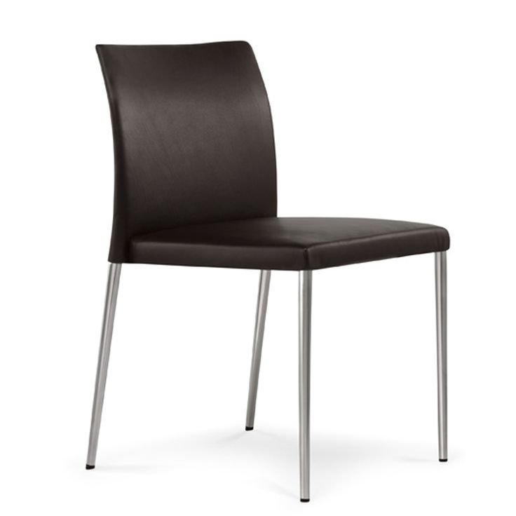 Vakker spisestuestol:  Walter Knoll furnishings such as the Deen Chair.