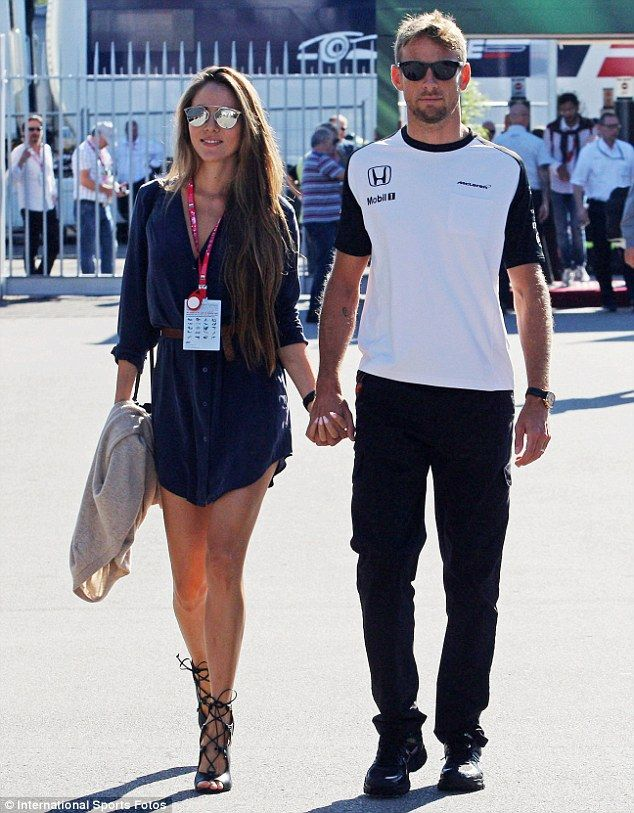Leggy Jessica Button supports husband Jenson at the Italian Grand Prix #dailymail