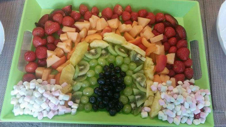 Regenbogen Obst Platte