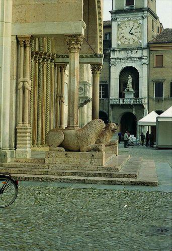 Modena: Duomo...Modena, Province of Modena, Emilia Romagna region Italy