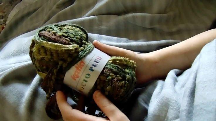Šála pletená na prstech