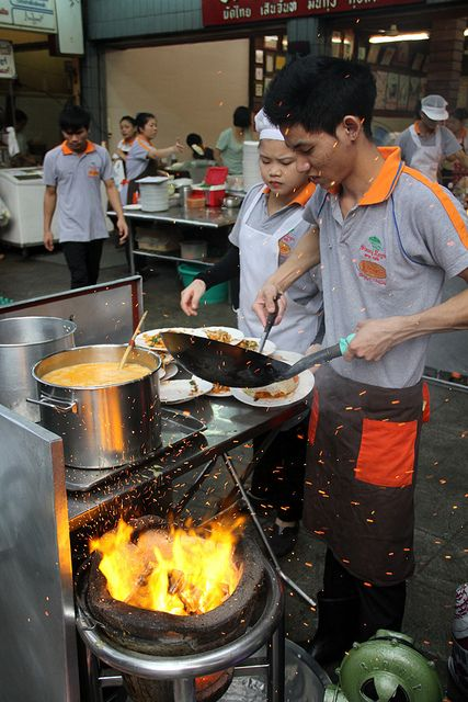 Pad Thai Thip Samai or Pad Thai Pratu Pi is one of the most famous Pad Thai restaurants in Bangkok.