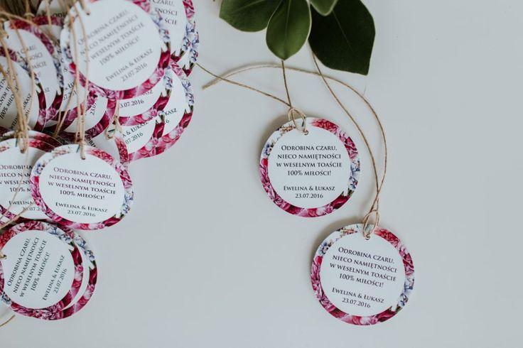 Flower wedding tags #wedding#weddingdecorations#weddinginspirations#bridetobe#favortags