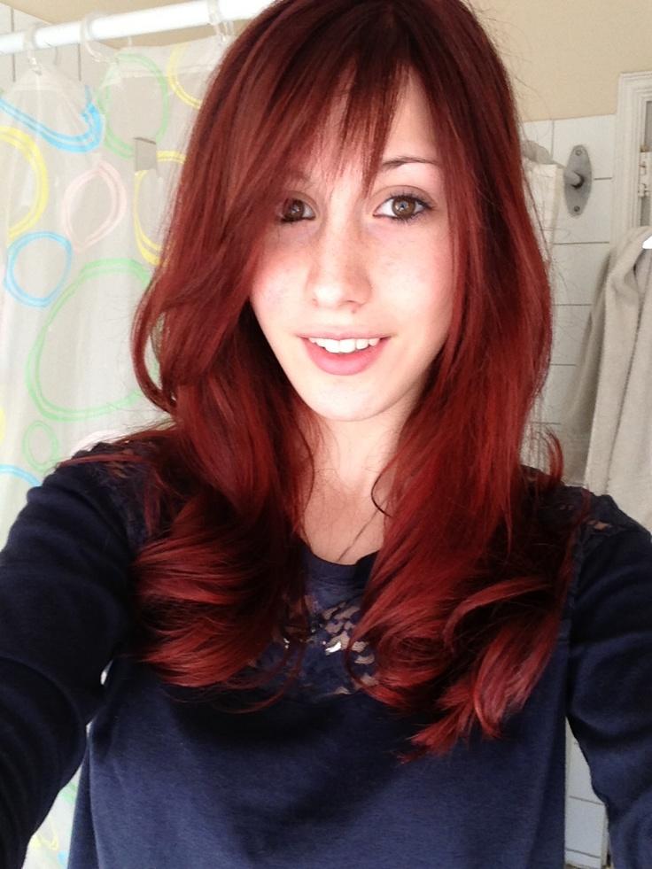 Really love the velvet red hair!