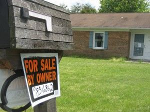"""How+To+Make+Money+As+A+House+Finder+Looking+For+""""Signs+House+For+Sale"""""""