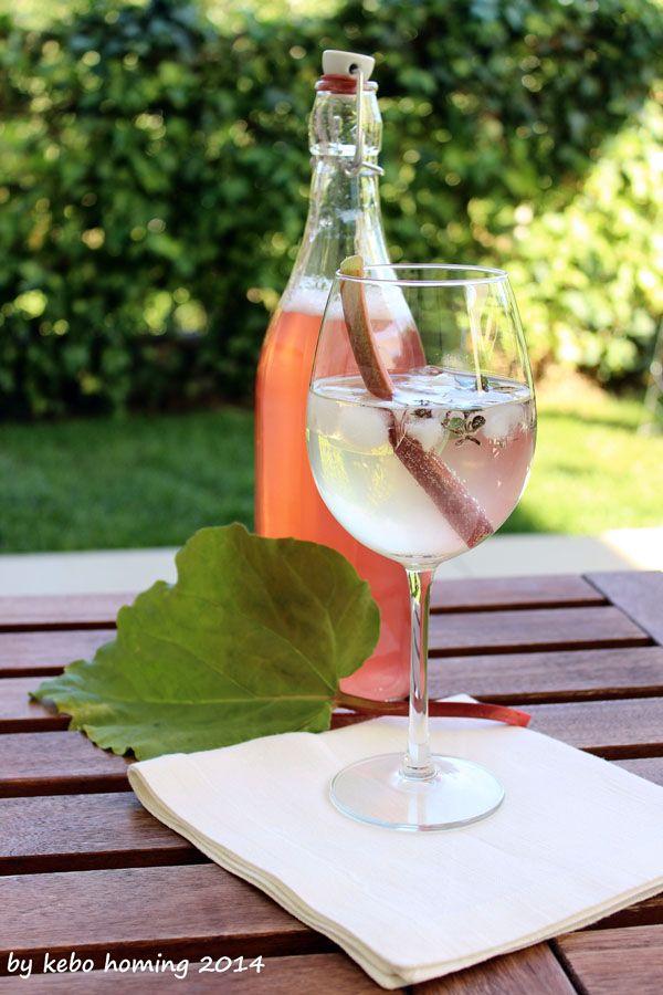 """kebo homing - der Südtiroler Food- und Lifestyleblog : Mittwochs mag ich """"Rhabarbersirup""""..."""
