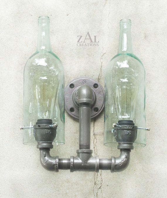 Lampada da parete. Applique. Bottiglie di vino. di ZALcreations