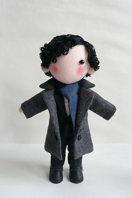 This is so cute. Someone made a little felt Sherlock Holmes. Somehow