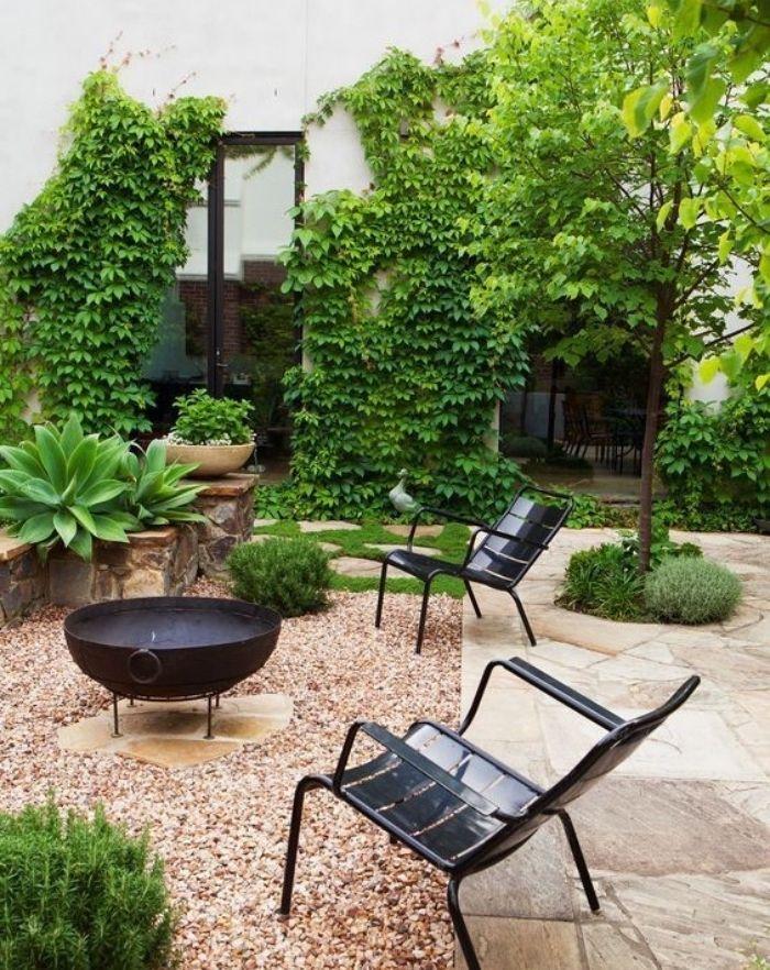 Les 25 meilleures id es de la cat gorie mur de jardins de Pierre blanche pour deco jardin