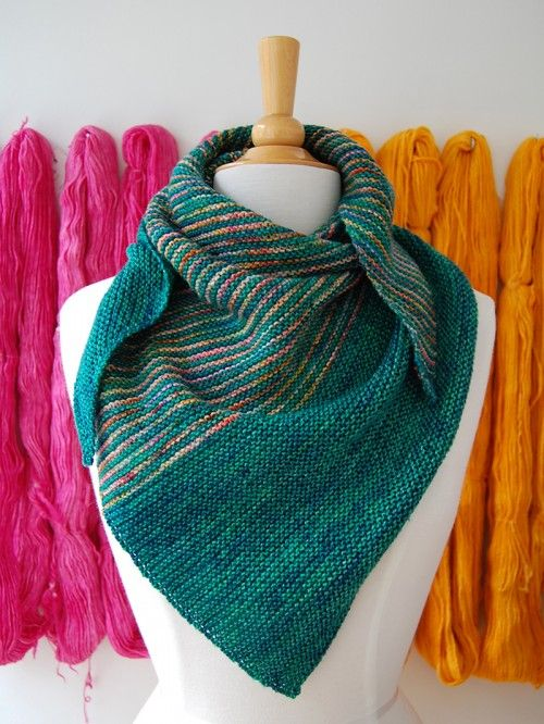 Knitting Patterns For Wraps Free : 17+ best ideas about Knit Shawl Patterns on Pinterest Knitted shawls, Shawl...