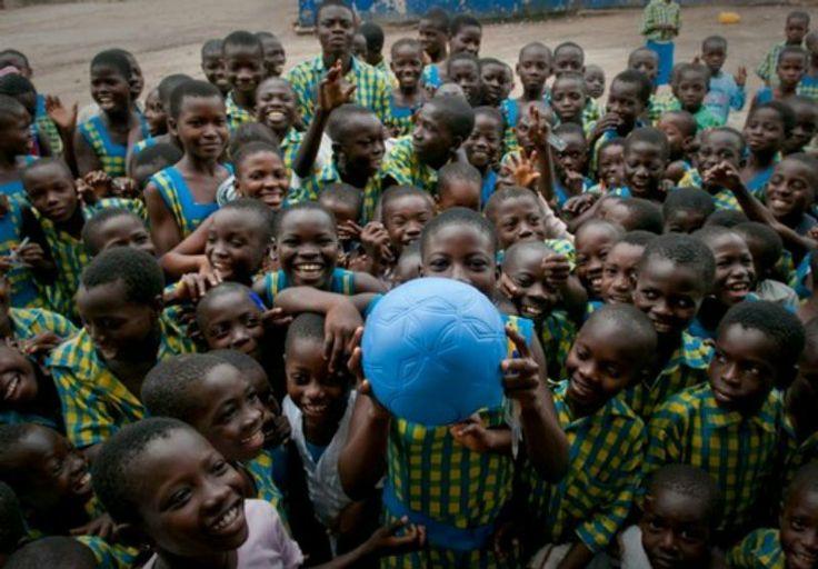 C'est l'histoire de Tim Jahnigen, un entrepreneur américain qui après avoir visionné en 2006 un documentaire sur le Darfour (région de l'ouest
