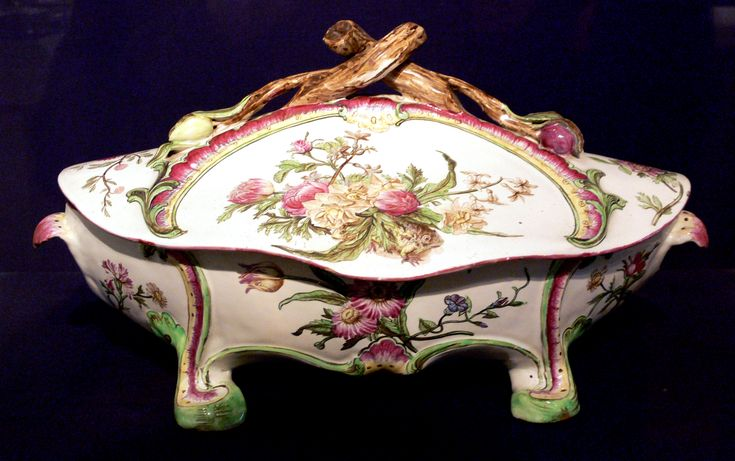 german tureen | Dutch potters in northern (and Protestant) Germany established German ...