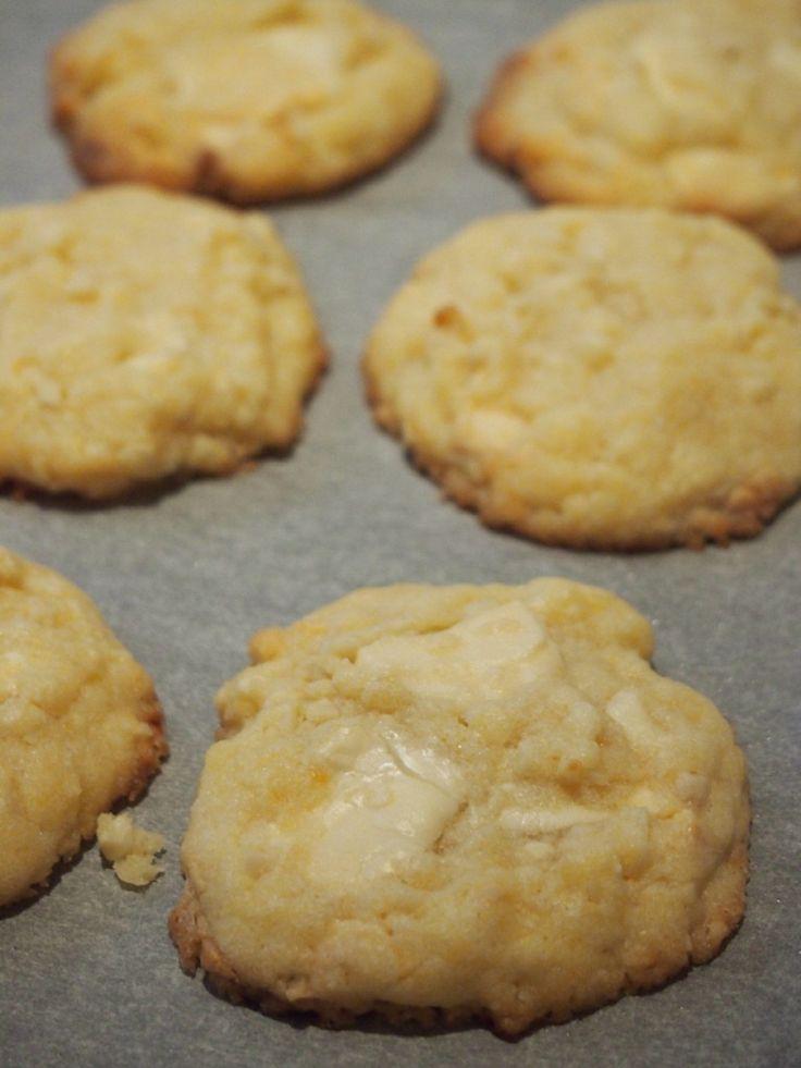 Frühlingsfrische Zitronen-Mandel-Cookies mit weißer Schoki - Schokohimmel