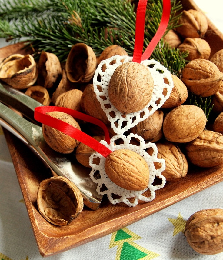 Magical Christmas nuts - natural Christmas tree decoration.