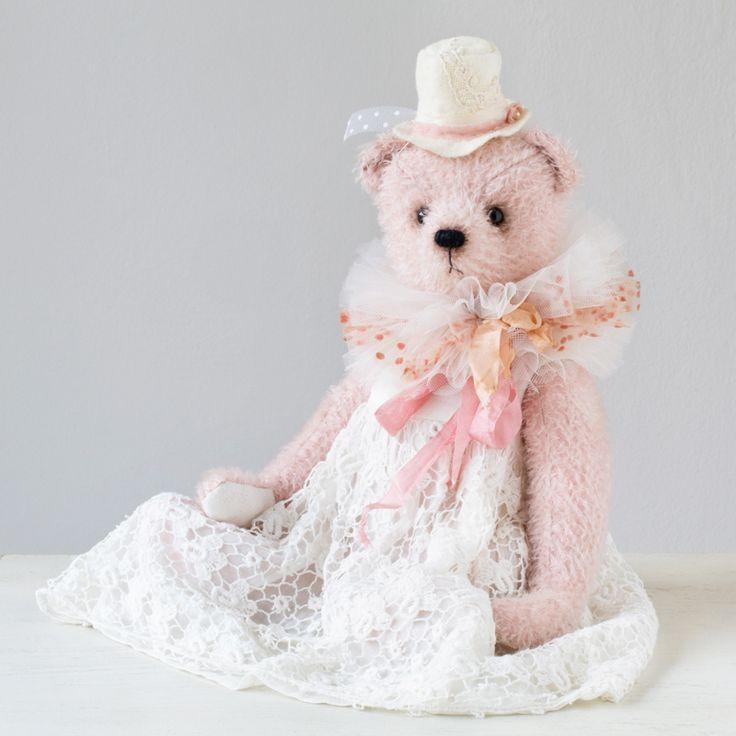 Sophi by Marina Dorogush, #teddybear #collection #art  #artist#ooak#vintage #vintagestyle #teddy #bear#teddybear #artteddybears #marinadorogush
