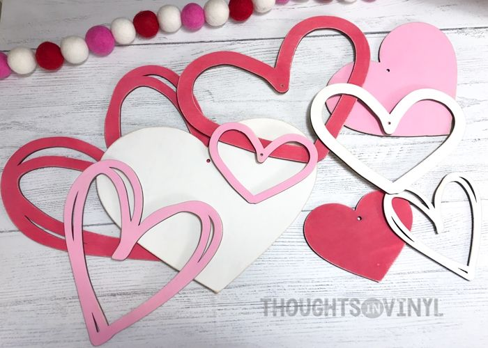 Wooden Hearts Set Of 3 With Images Wooden Hearts Hanging Hearts