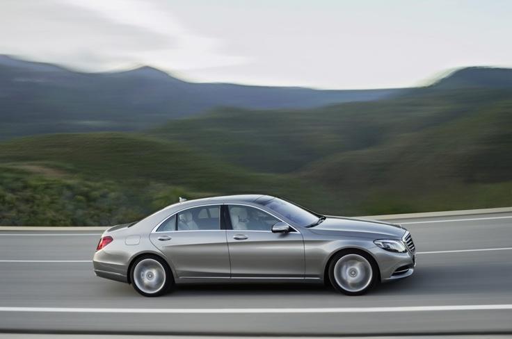 Новое поколение Mercedes S-class w222 http://oldbenz.ru/mercedes-benz-s-class-w222-korol-umer-da-zdravstvuet-korol/