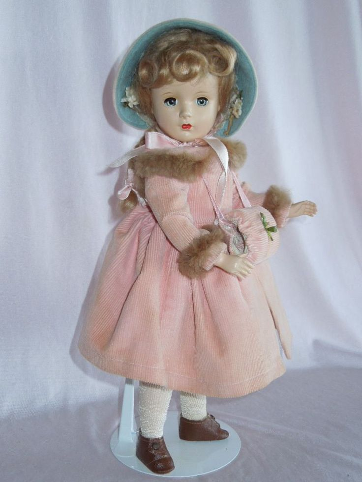 "BEAUTIFUL 14"" Madame Alexander McGuffey Ana with Coat and Muff"